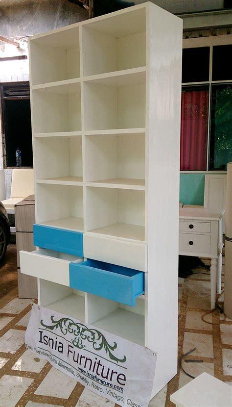 Jual Rak Buku Putih Murah model lemari buku minimalis terbaru isnia furniture