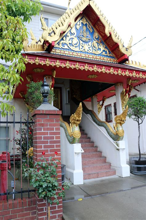 new year temple wat mongkolratanaram berkeley s thai temple celebrates