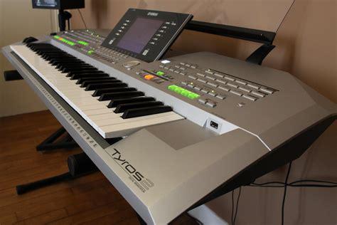 Keyboard Yamaha Tyros 2 yamaha tyros 2 image 525261 audiofanzine