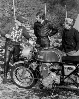 Gunther Sachs Motorrad by Caf 201 Racer 76 The M 252 Nch Mammut Was The Ultimate 70s