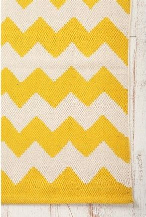 yellow and white chevron rug 1000 ideas about yellow chevron rugs on chevron rugs yellow chevron and rugs