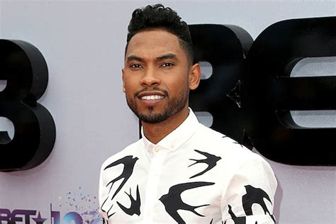 miguel mother and father miguel wins best male r b pop artist at 2013 bet awards