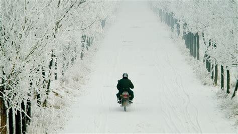 Motorrad Winter Versicherung by Motorrad Im Winter Fahren So Klappt S Mit Sicherheit
