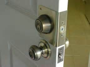 does your deadbolt latch properly home inspection tip of
