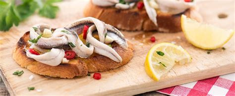 come cucinare le alici marinate alici marinate un classico degli antipasti agrodolce