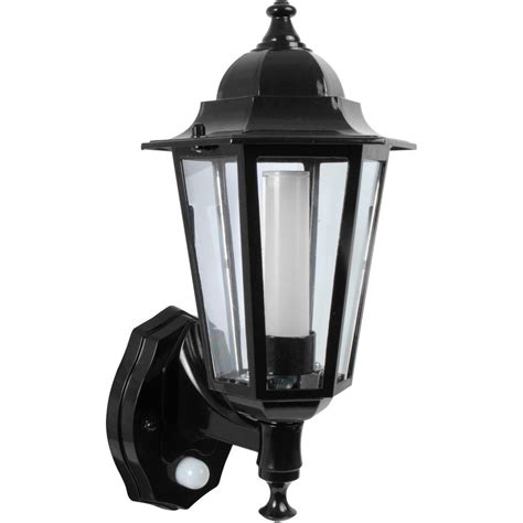 p 8w led photocell pir coach lantern black toolstation