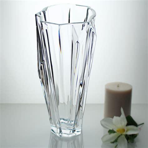 floreros de cristal de bohemia jarr 243 n florero de cristal de bohemia dise 241 o y elegancia