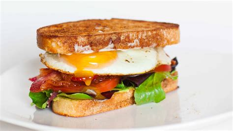Sandwich T dear americans i hear you don t butter your sandwiches
