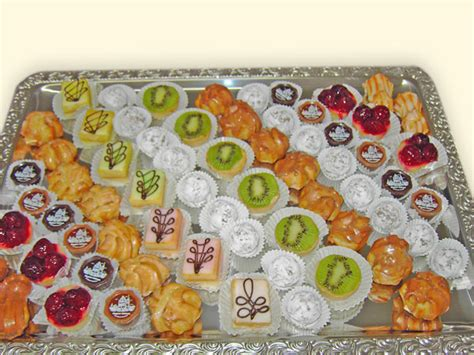 Salat Dekorieren by Anneken Conditorei 183 Caf 233 183 Confiserie