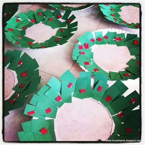 paper plate wreath crafts paper plate wreath for the boys crafts