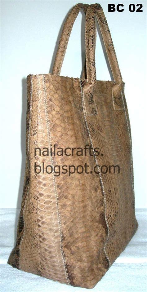 tas kulit ular phyton souvenir kulit dan kulit sintetis