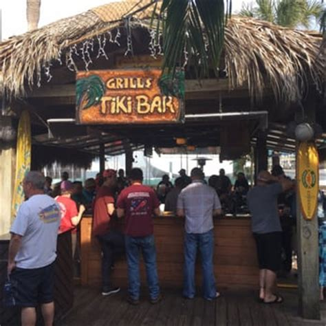 Grills Tiki Bar Grills Seafood Deck Tiki Bar 303 Photos 421 Reviews