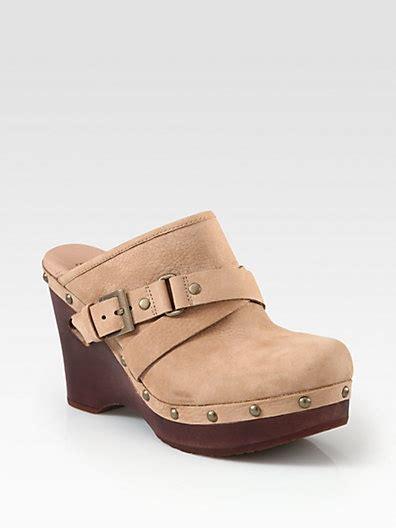 most comfortable clogs best 10 most comfortable shoes ideas on pinterest pumps
