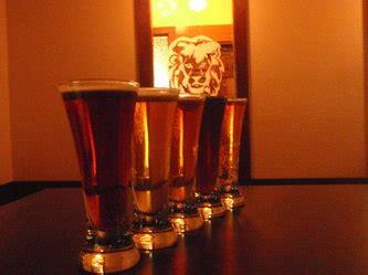 photos lions head pub