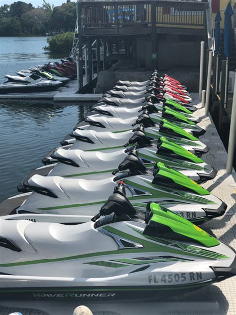 boat rental siesta key fl siesta key best jet skis 941 921 3030 waverunners siesta