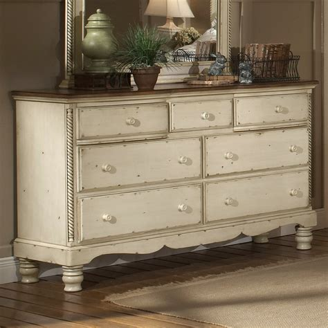Antique White Dresser Bedroom Furniture Hillsdale Furniture 1172 717 Wilshire 7 Drawer Dresser Atg Stores