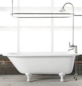 Bathtubs Cast Iron 5 1 2 Clawfoot Tub With White Exterior Rejuvenation