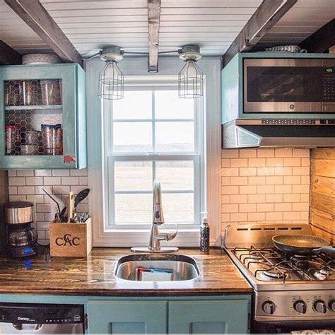 decorating small homes images best 25 tiny house kitchens ideas on pinterest small