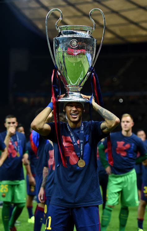 neymar neymar  juventus  fc barcelona uefa