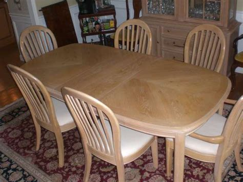 bernhardt 10 pc dining room set table 6 chairs china hutch