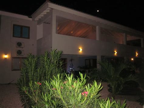 Wohnung Mieten Website by 4 Personen Wohnung Huren Op Curacao De Wind Bubi Apartments