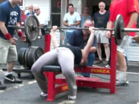 female bench press ginger vieira raw 185lb bench press 152lb powerlifting