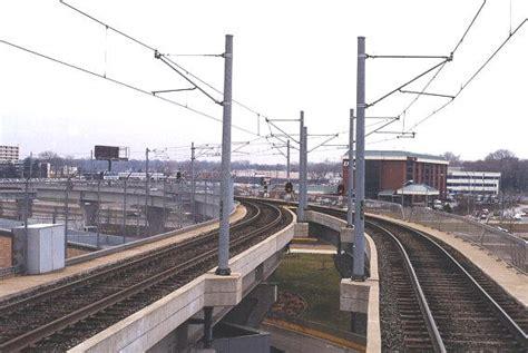 st louis light rail leaving lambert main