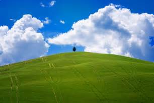 windows classic wallpaper download i photographed tuscany and it looks like the classic