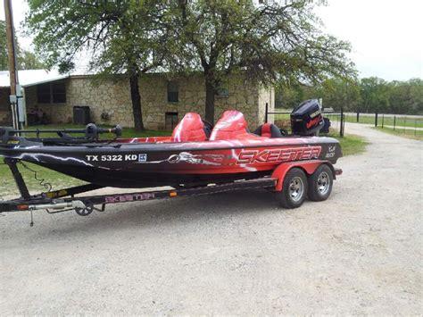 boat wraps texas skeeter boat wrap bass fishing texas fishing forum