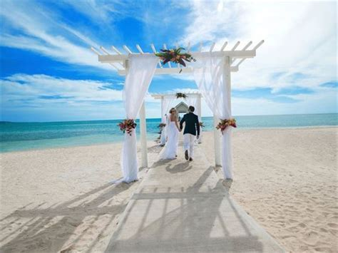 Sandals South Coast, Jamaica, Caribbean Wedding   Tropical Sky