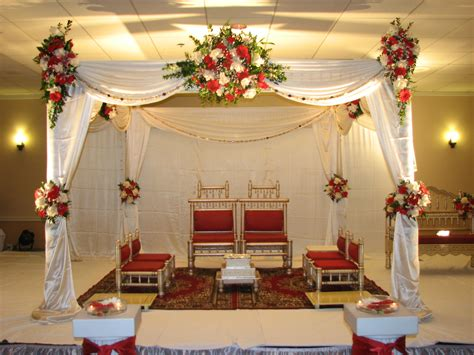 decoration and design traditional white and red wedding indian mandap for