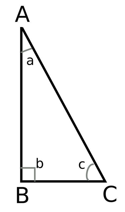 somma degli angoli interni di un triangolo problema di geometria triangolo rettangolo angoli 30 e
