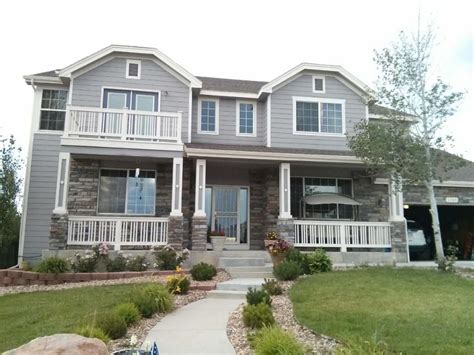 Houses With Finished Basements by Nice Basement In A Nice Home Vrbo