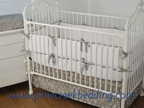 White Bumper Crib by 91 White Crib Bumpers Solid White Linen 2 In 1 Crib