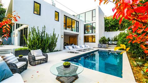 home design gallery chania kendall jenner s offre la maison d emily blunt 224 hollywood