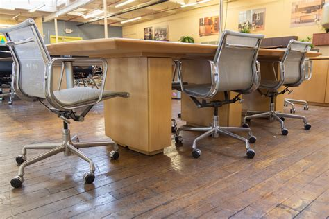 peartree series boat shaped wood conference table