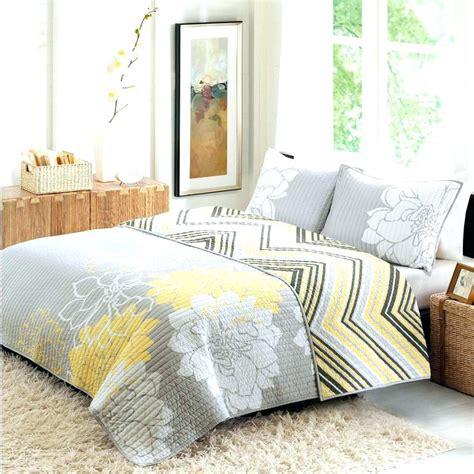 walmart king size bed walmart quilt bedspreads mainstays paisley quilt bedding