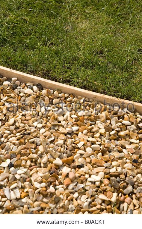 Landscape Edging Gravel 17 Best Ideas About Lawn Edging On Landscaping