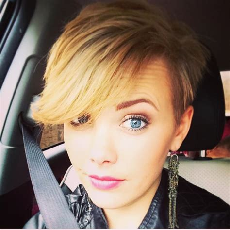 how to style pixie cut with long bangs 21 gorgeous short pixie cuts with bangs pretty designs