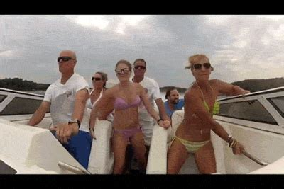party boat gif skank titanic goes down