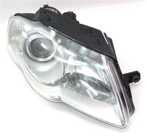 rh headlight   vw passat  genuine valeo halogen head lamp    p