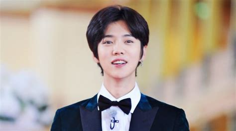 judul film luhan exo ada patung lilin luhan di museum madame tussaud beijing
