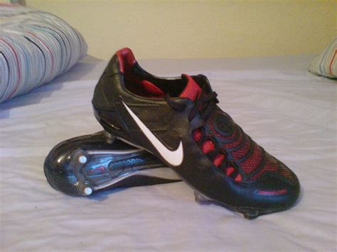 football shoes wiki nike total 90