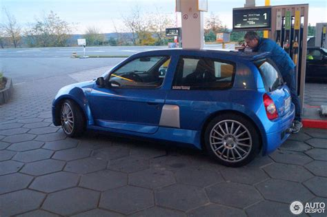 clio renault v6 renault clio v6 imgkid com the image kid has it
