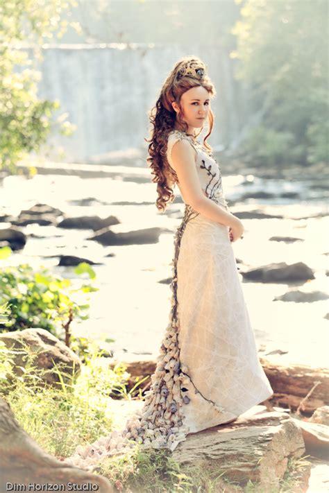 Margaery Tyrell ?Purple Wedding? Dress: Gallery
