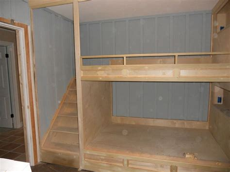 Built In Bunk Beds Plans Best 25 Bunk Beds Ideas On Pinterest Size Bunk Beds Bunk Bed Rooms And Bunk Rooms