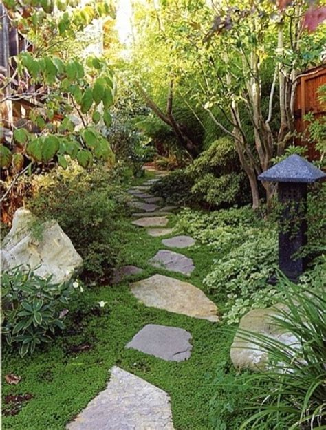 Japanese Outdoor Garden Decor 18 Relaxing Japanese Inspired Front Yard D 233 Cor Ideas Digsdigs