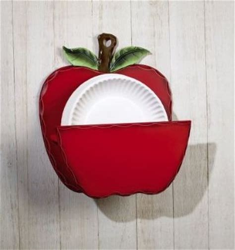 Apple Themed Paper Plate Dispenser Beyond The Kitchen Apple Decorations For The Kitchen