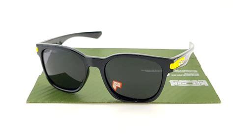 Kacamata Garage Rock Scuderia Ferarri oakley garage rock vr46 polished black