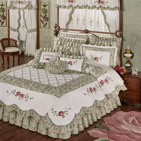 quilted bed sets cordial garden 4 pc floral quilt set